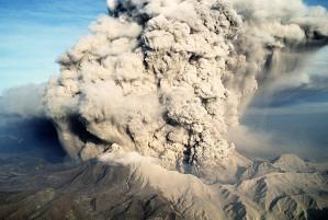 Ausbruch Des Pinatubo Auf Den Philippinen Im Jahr 1991. In Die Atmosphäre  Geschleuderte Staubmengen Kühlten